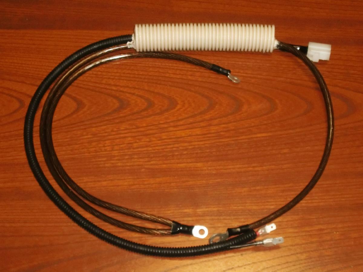 これが、Z-Plus-1の代わりに、FinalAid-3-Zの直結コネクタ型の、FinalAid-3-iと接続して、フルVチューンを完成できる FinalAid-1H-s です。